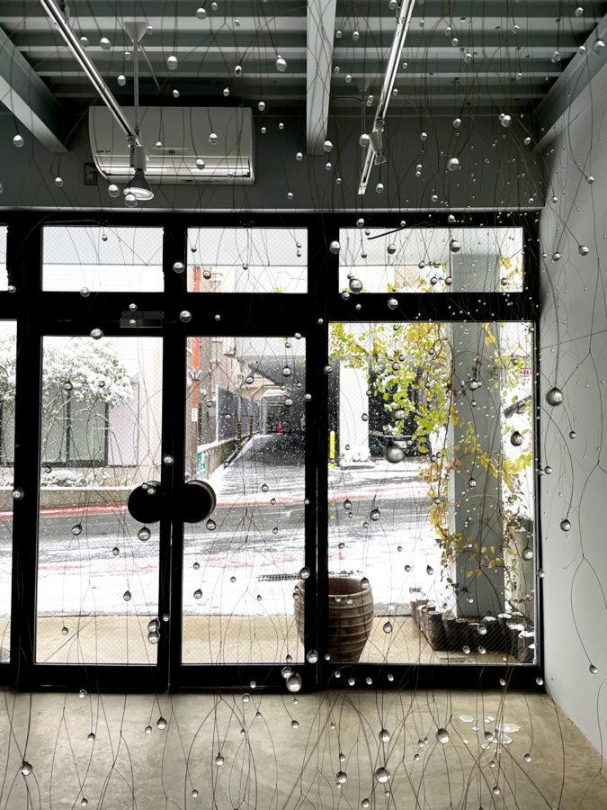 『白の気配』サトウカヨ ガラス